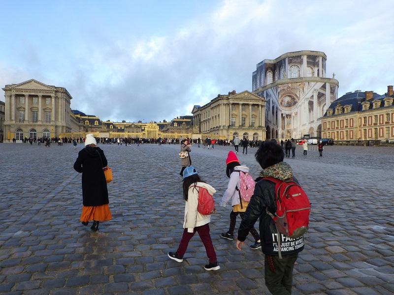 とにかく巨大なベルサイユ宮殿