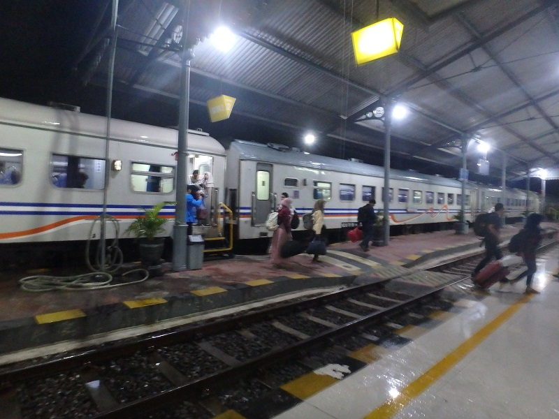 プロボリンゴ駅