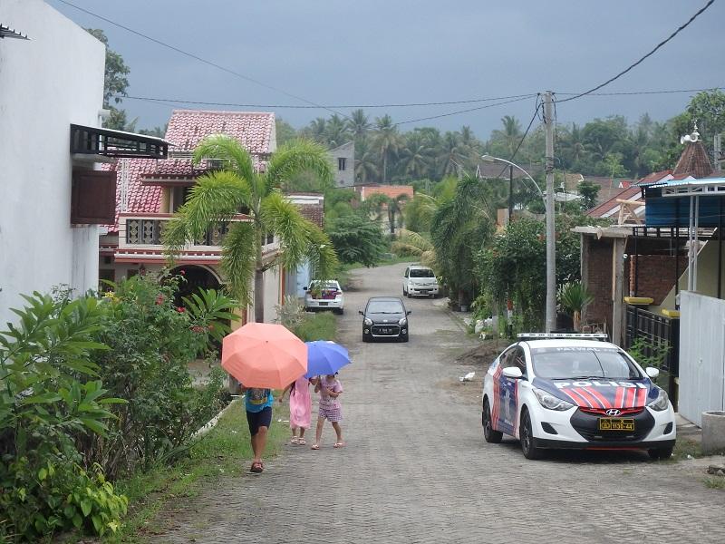 バニュワンギ郊外の家並み